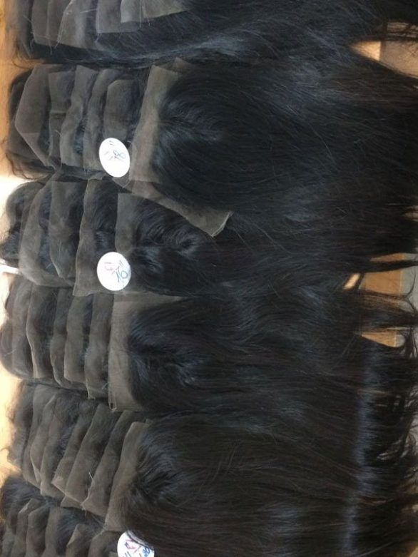 Straight closure 4x4 inches with center part