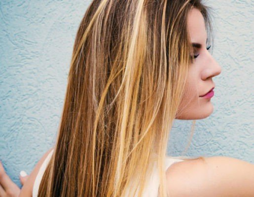 How to dye your hair salt-and-pepper in safe way at home