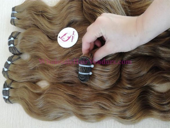 Weft natural wavy color 8c
