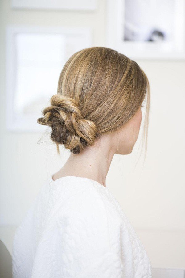 The best hairstyle for dry damaged hair no heat hairstyle ...