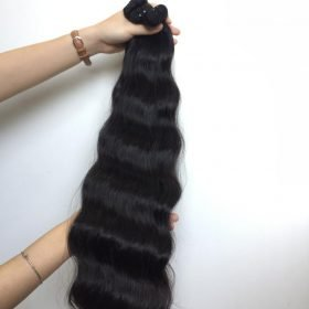 24 inches, Natural wavy, Natural color